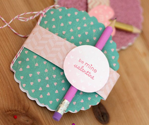 Heart MIni Notebook Favor with Fiskars Fuse   Damask Love Blog