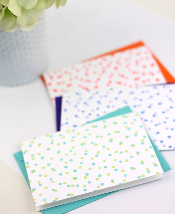 Easy Confetti Stamped Notecards | Damask Love