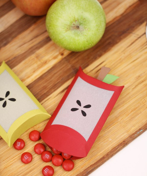 Autumn Apple Favor Boxes with Cricut Explore | Damask Love