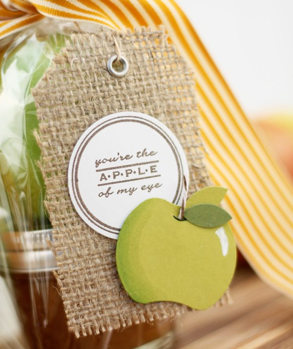 Easy Paper Punch Apples | Damask Love