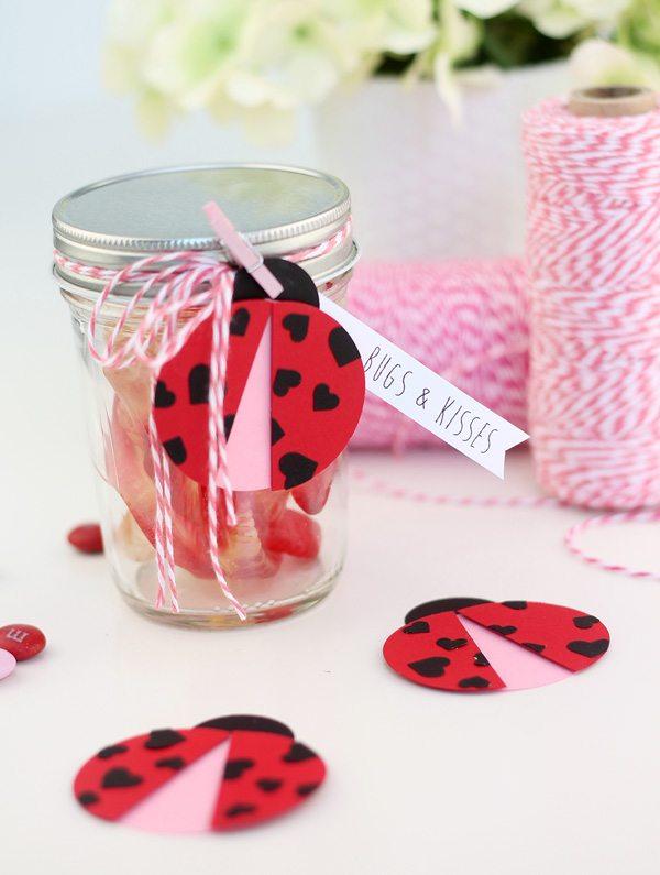Easy Paper Punch Valentine Ladybugs | Damask Love