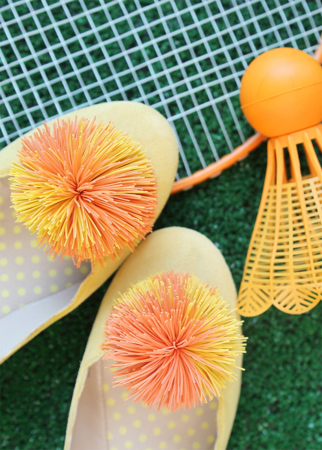 DIY Koosh Ball Shoe Clips | Damask Love