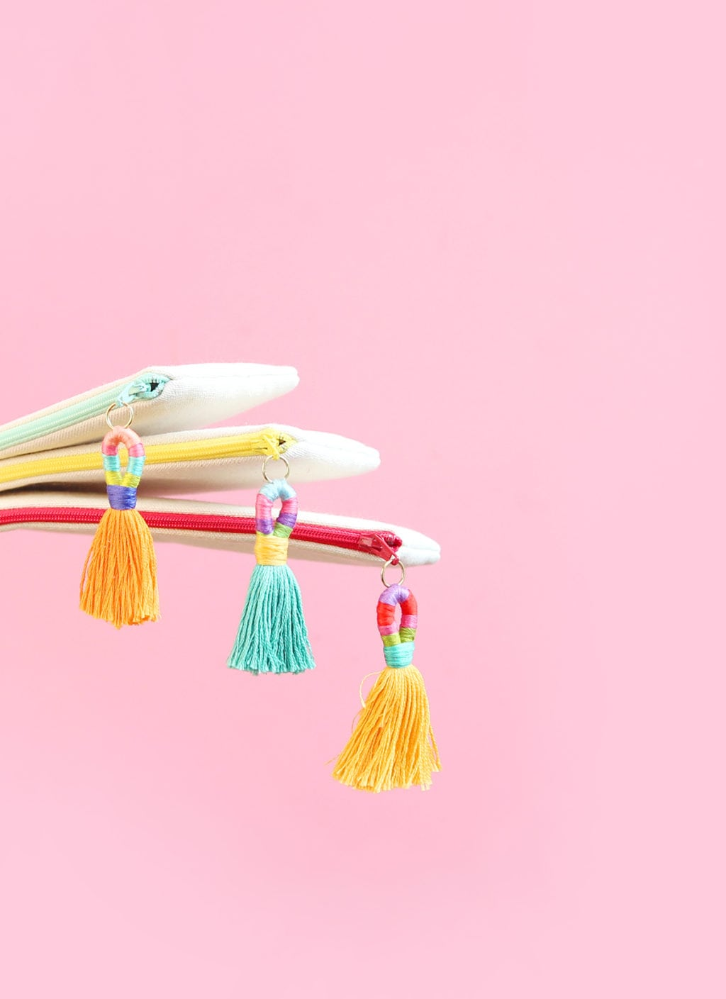 DIY Hula Tassels | damask love