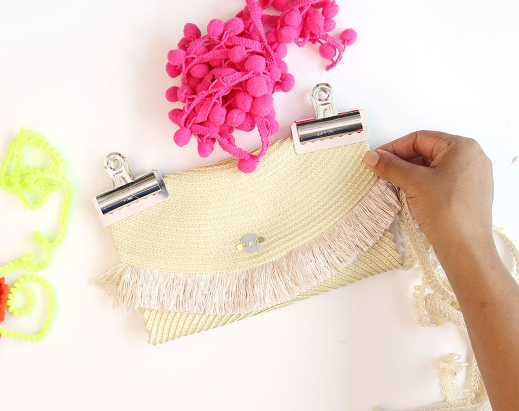Easy DIY Placemat Clutch | damask love