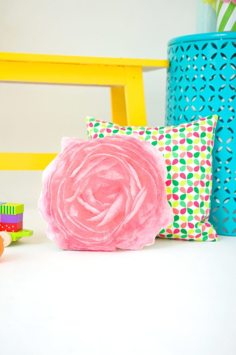 DIY Photo Transfer Fabric Flower Pillows