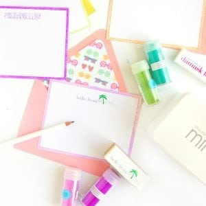 Use your Silhouette Mint to create stamps for your custom stamped glitter edge notecards | damask love