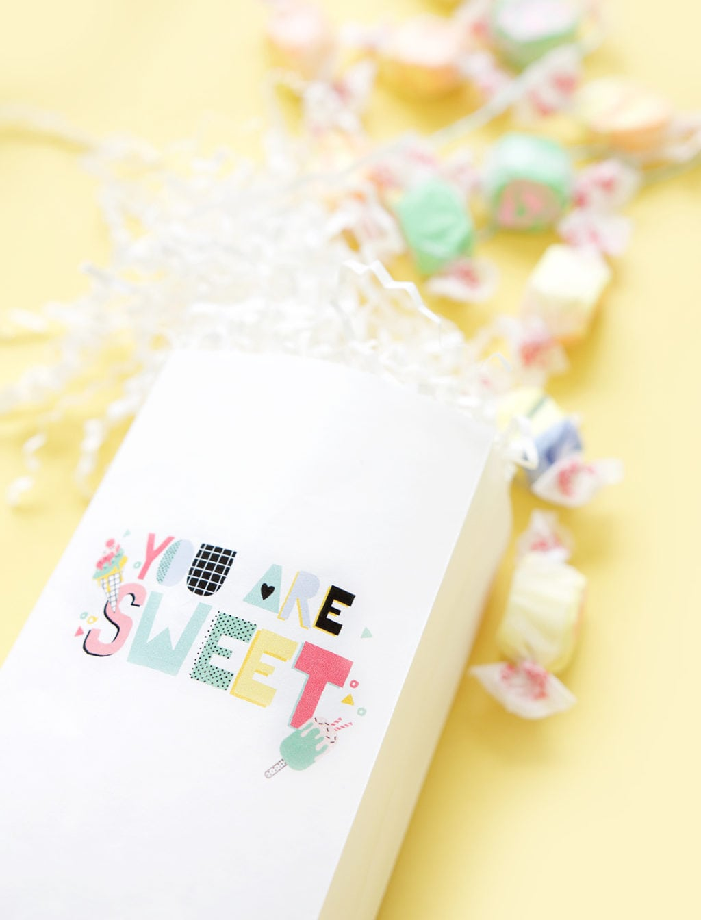 Printers are great for boring work but they are more fun when you use them to print your own treat bags for any occasion. Follow this simple video tutorial and learn how!