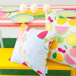 Celebrate summer with outdoor entertaining with Shutterfly and DIY Citronella Candles that will make your next party a hit.