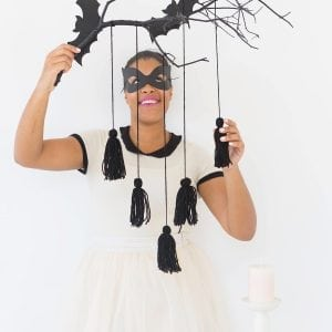 give your spooky decor a mod makeover with this easy to make Modern Halloween Wall Decor project using DecoArt Outdoor Living paint