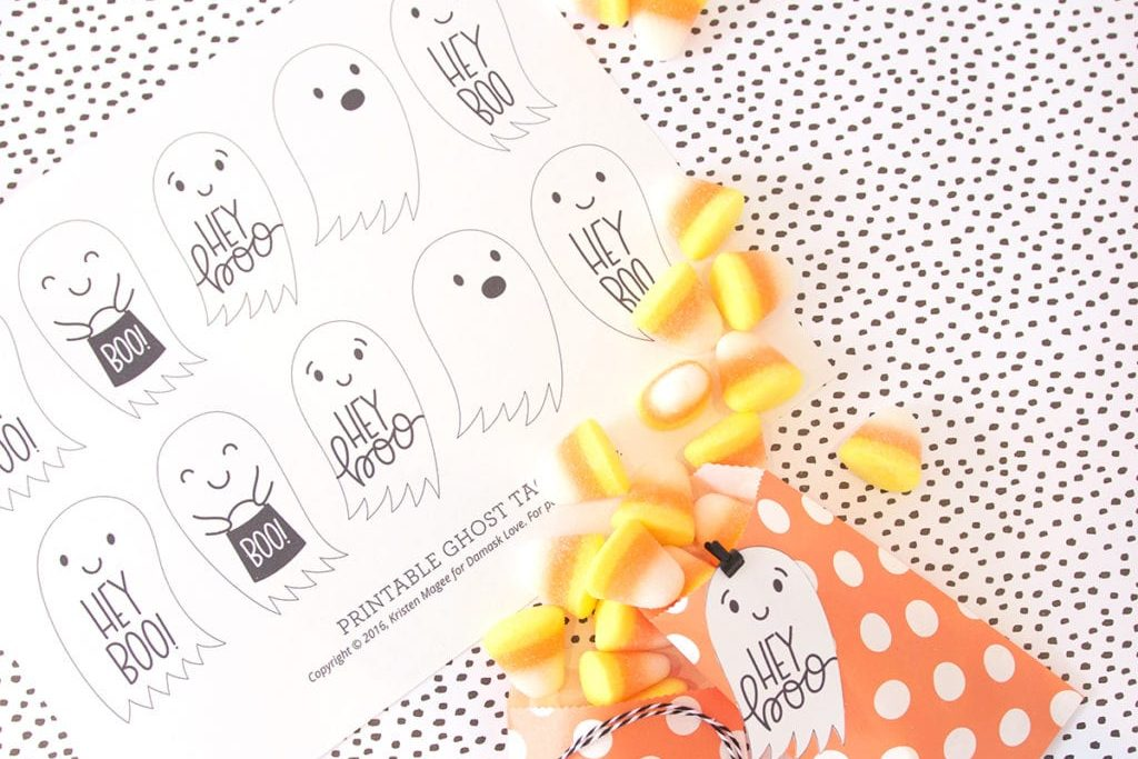 "No More ""Trick or Treat"" - ""Hey Boo"" is the new halloween greeting and now you can create your own Hey Boo Halloween Tag Printables with your Canon MG7720 Printer."