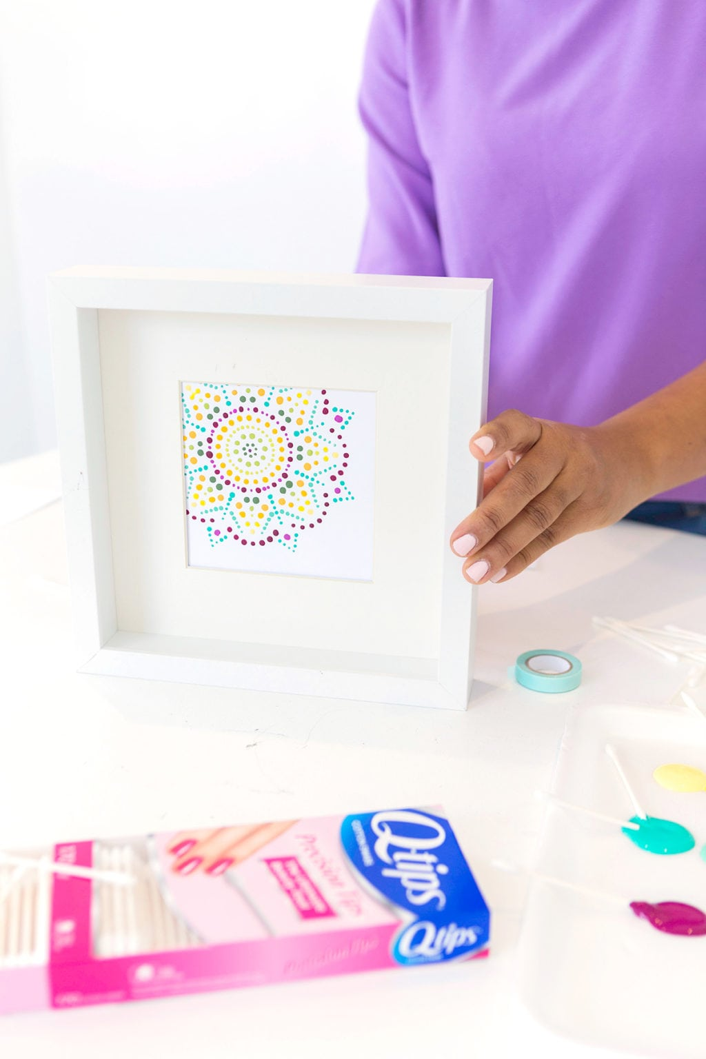 Dots have never been easier! Create this DIY Q-TIPS Mandala Art with supplies you already have on hand!