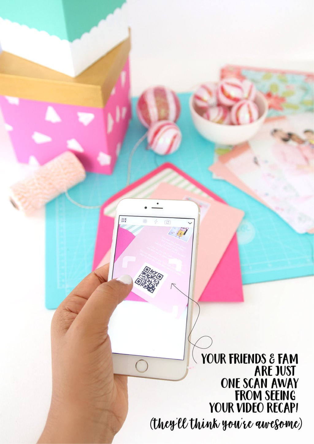 DIY Video QR Code Holiday Cards | damask Love