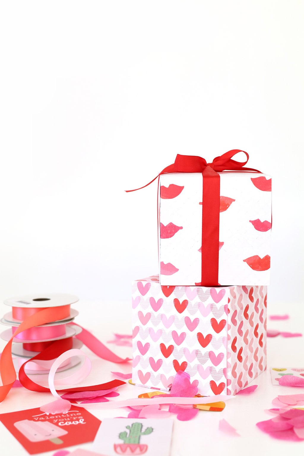 Paper Surprise Box | damask love