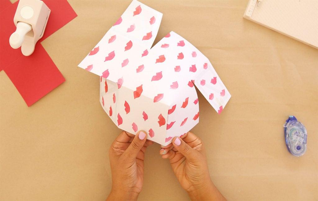 Paper Surprise Box   damask love