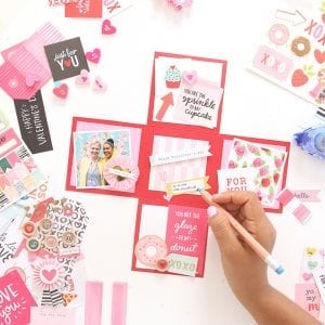 Paper Surprise Box | damask love