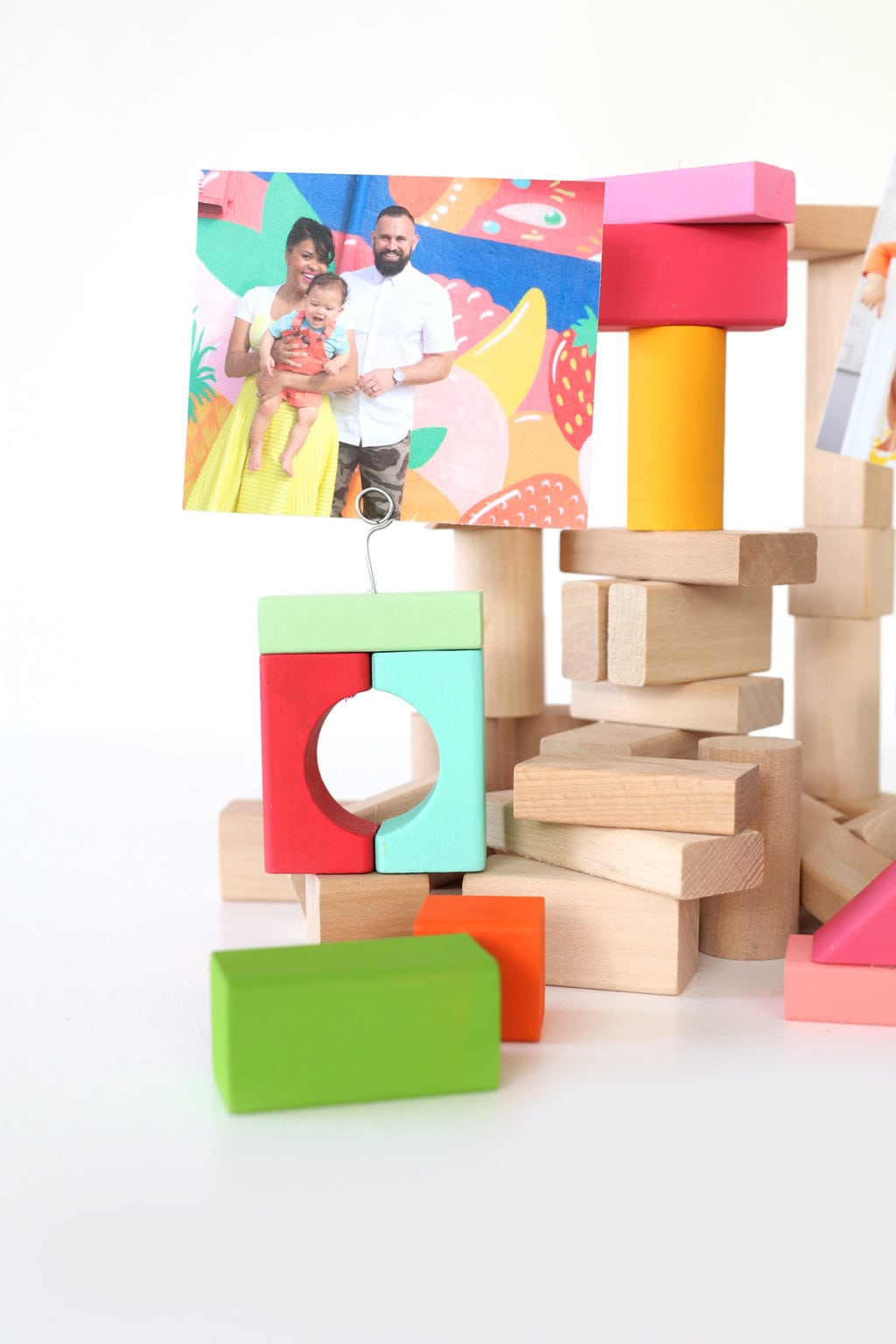 DIY Wood Block Photo Holders | damask love