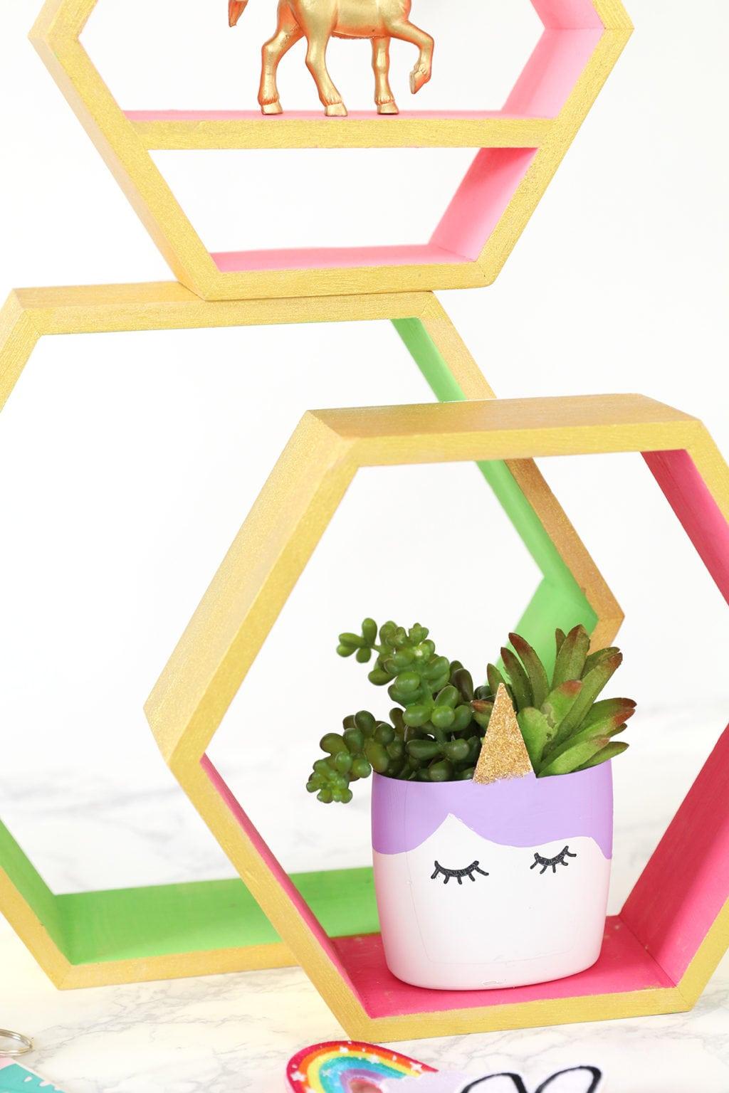 DIY Upcycled Unicorn Planter | damask love