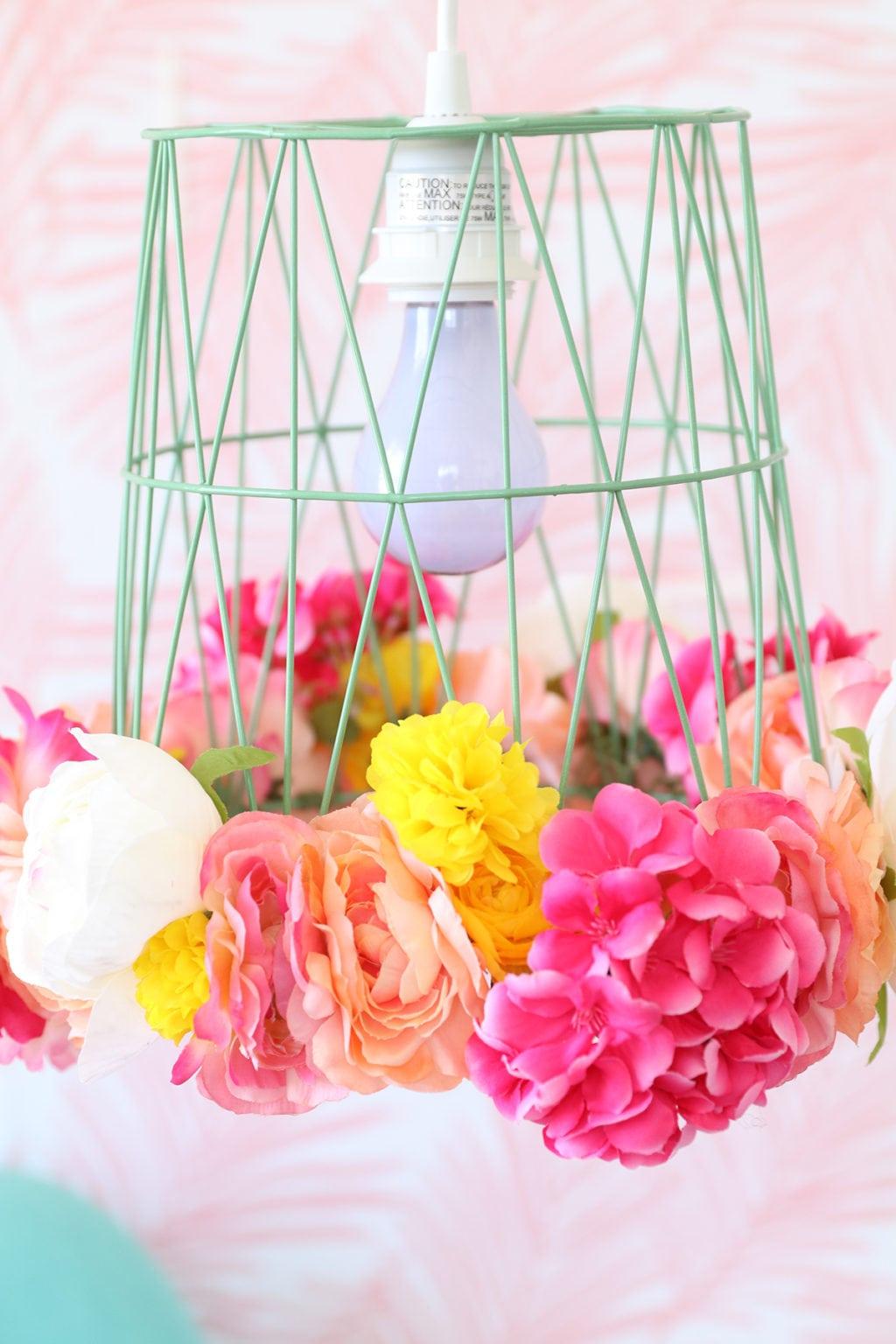 DIY Wastebasket Pendant Lamp | damask love