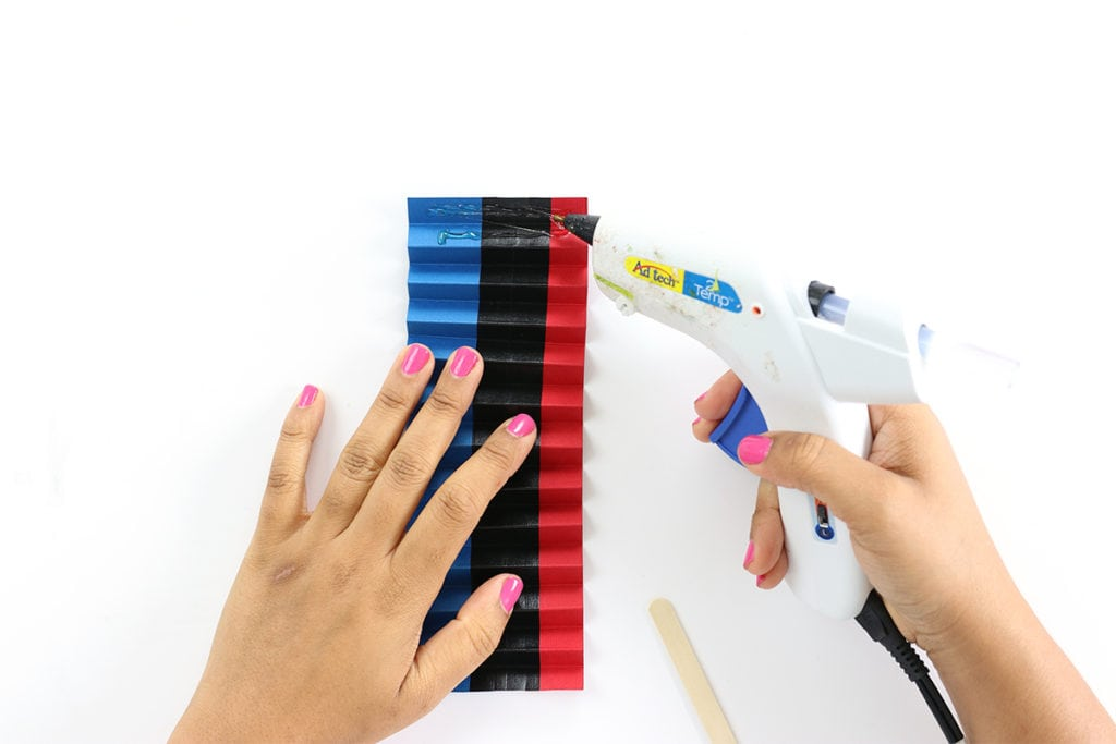 DIY Patriotic Paper Bunting Banners | damask love