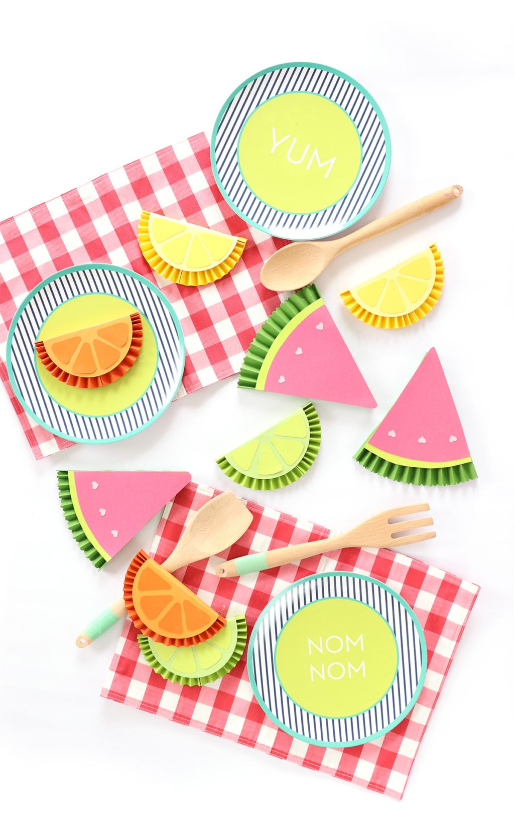 DIY Summer Fruity Paper Medallions | damask love