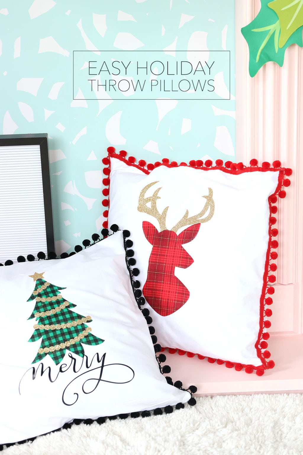 Easy Low-Sew Holiday Throw Pillows | damask love