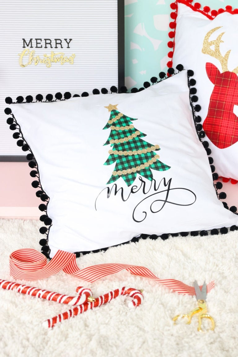 Easy Low-Sew Holiday Throw Pillows