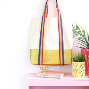 You'll love this NO MESS technique for adding brilliant gold glitter to any canvas tote bag.