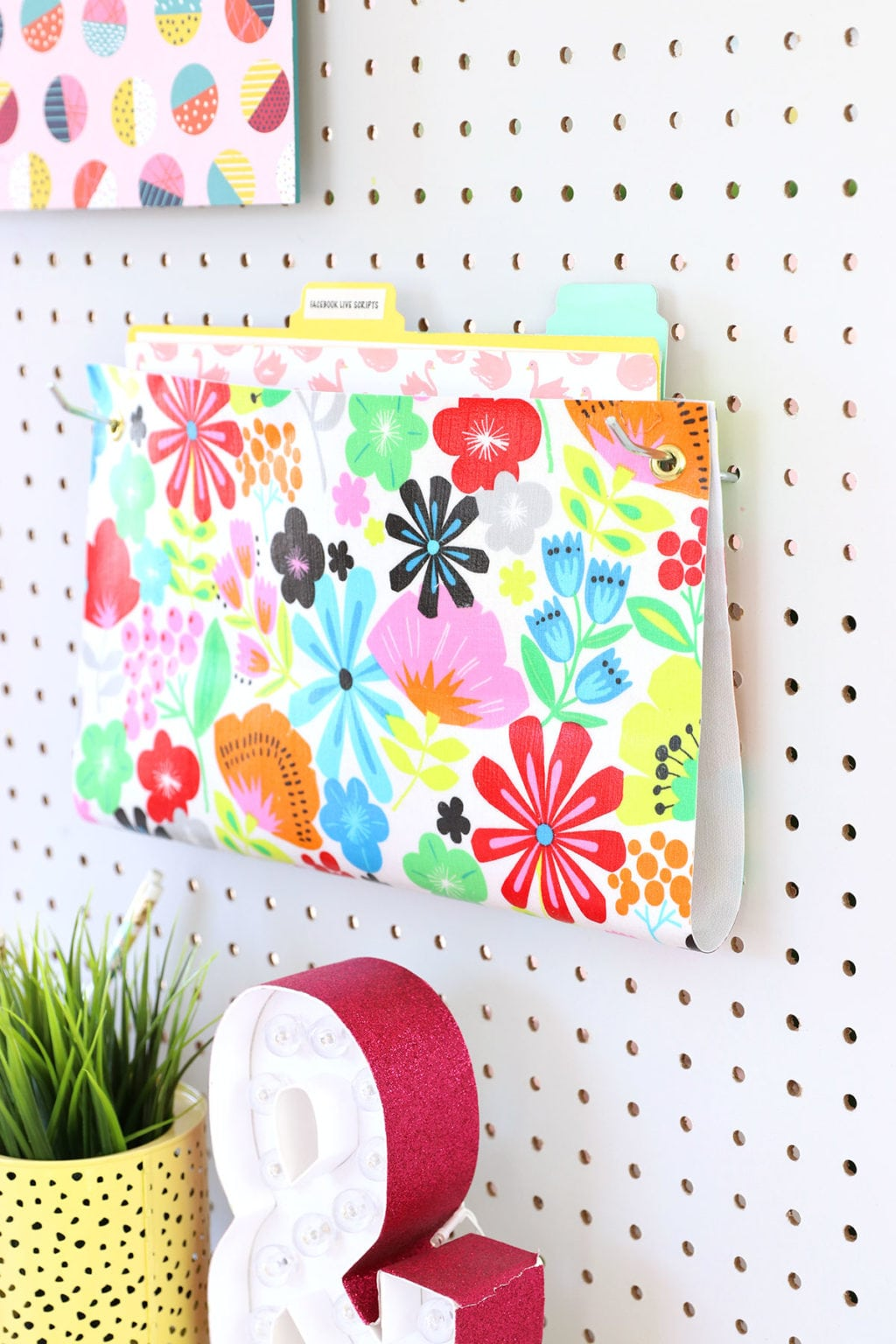 How to Make a Hanging Wall Folder | damask love
