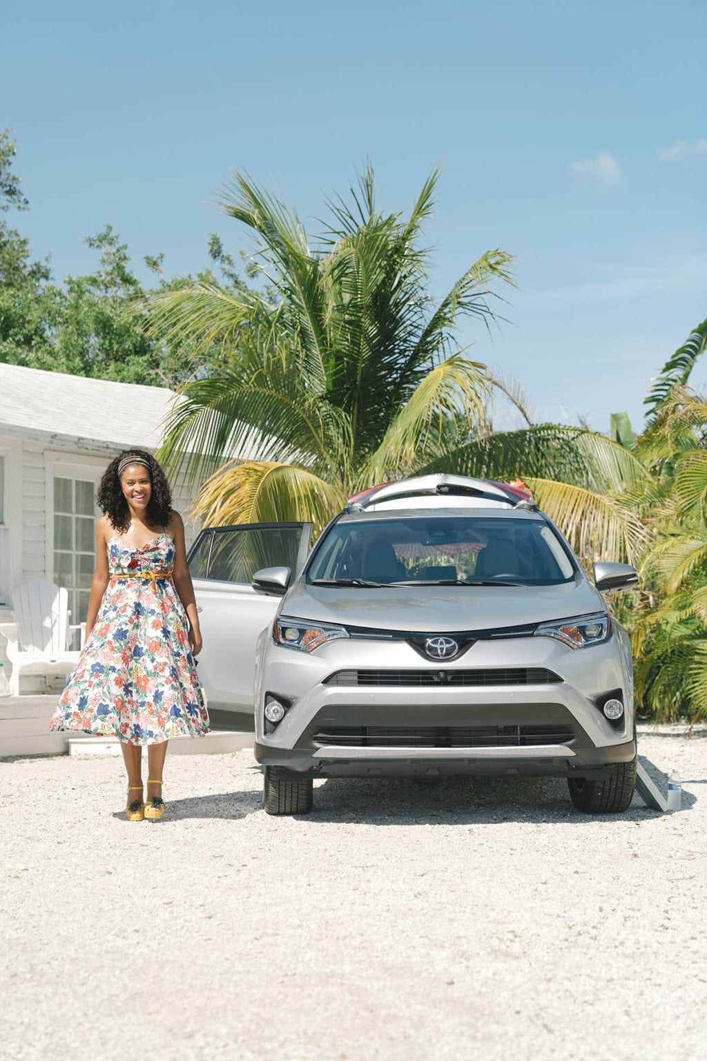 Colorful Tailgate with Toyota Rav4 | damask love