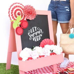 DIY Sandwich Board | damask love