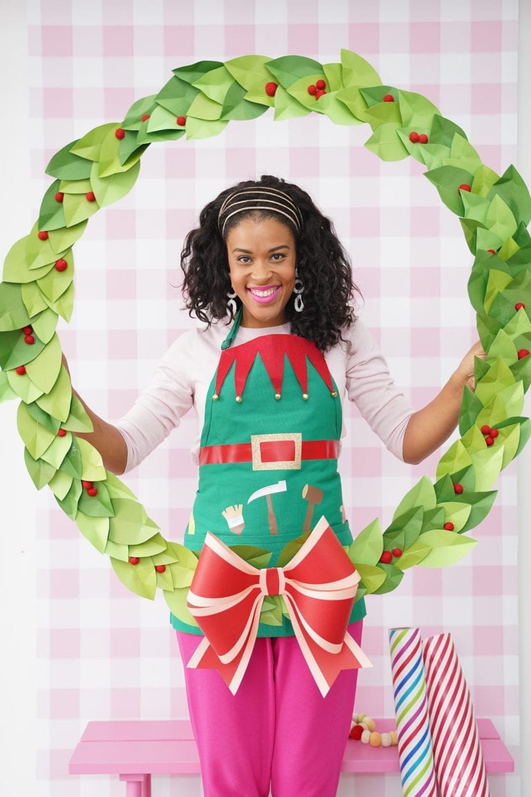 How to Make a Hula Hoop Wreath