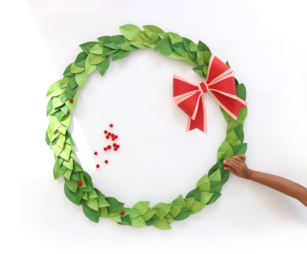 How to Make a Hula Hoop Wreath | damask lov
