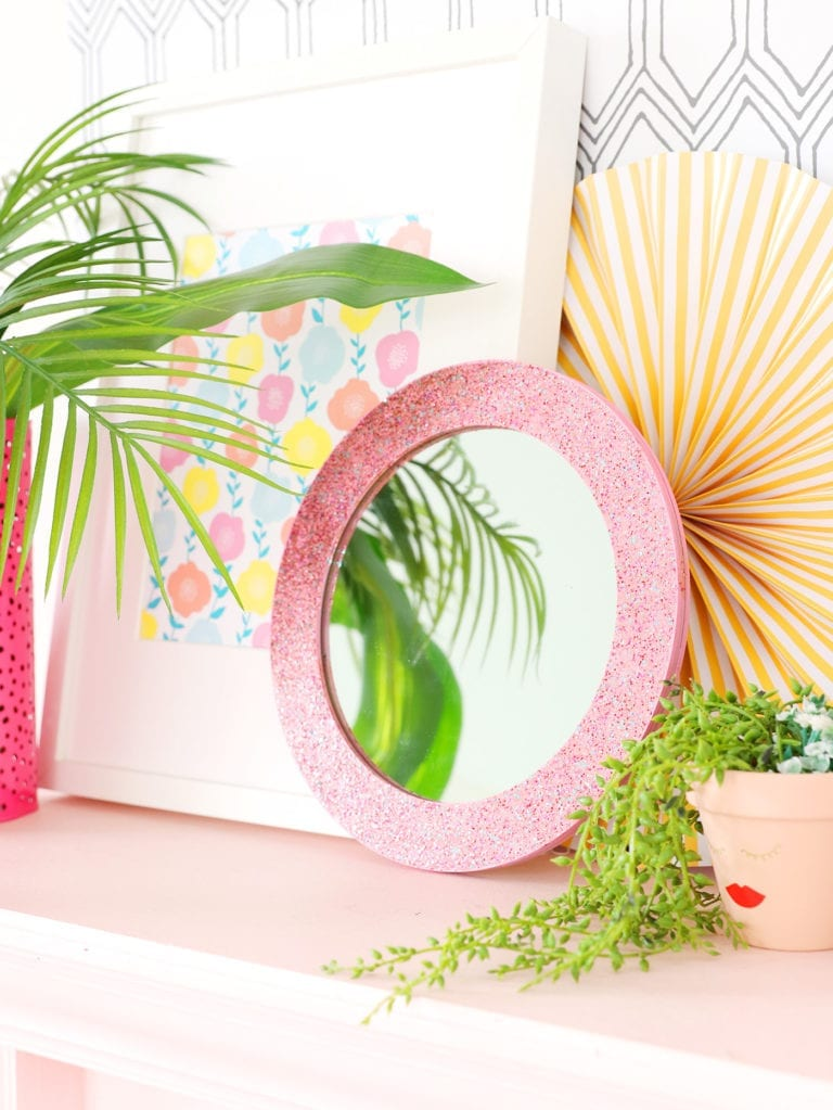 How to Make a Glitter Mirror
